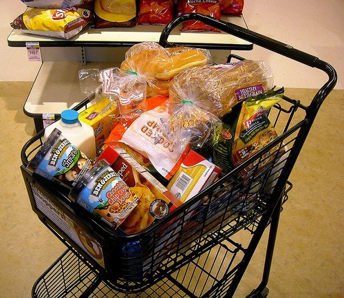 tips for grocery shopping - shop hungry