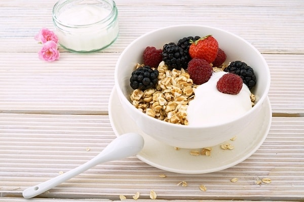 eat a breakfast - fast weight loss tips for women